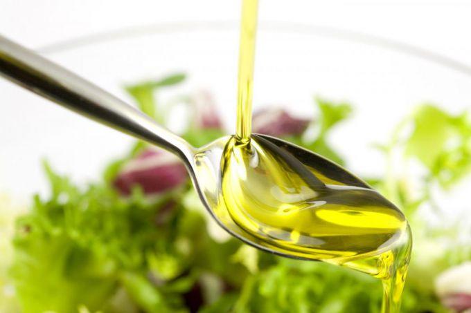 Рослинна олія для дітей: правила вибору