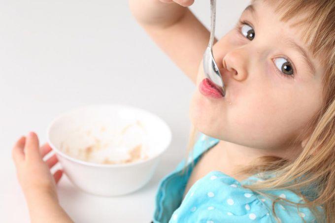 Як зробити так, щоб дитина полюбила кашу