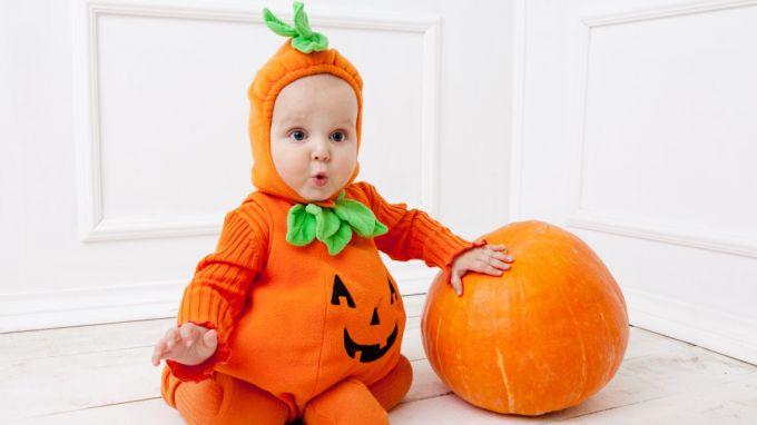Як відзначити Хелловін з дитиною будь-якого віку