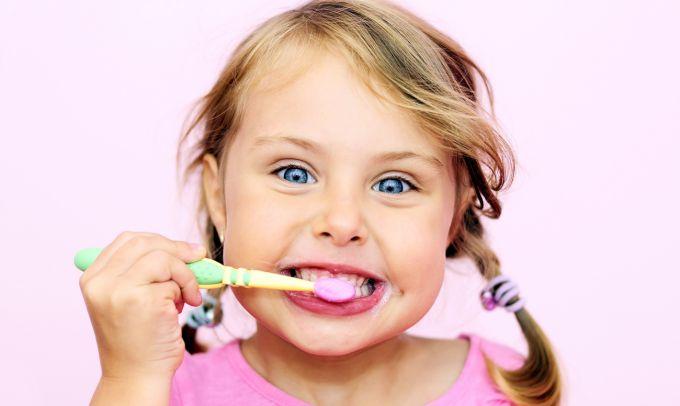 Як вибрати зубну пасту для дітей
